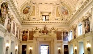 Milano_-_Palazzo_Marino,_Sala_Alessi_01